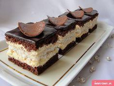 Ciasto czekoladowo kokosowe z adwokatowym kremem