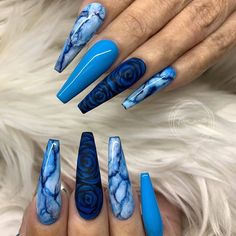 Newest Acrylic Coffin Nails Art Ideas In Fall; Coffin nails have always been the favorite nails shape for stylish girls. Every season, coffin nails have their color to Blue Acrylic Nails, Summer Acrylic Nails, Marble Nails, Acrylic Art, Blue Coffin Nails, Blue Ombre Nails, Gorgeous Nails, Pretty Nails, Hair And Nails