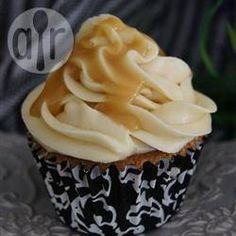 Salted Caramel And Almond Cupcakes Recipe on Yummly. @yummly #recipe