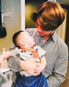 160601 mizangwonbytaehyun instagram: Daesung holding a baby