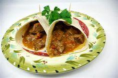 MMMMMMMHHHHHH! Mexican slow cooker meat served on tortillas! (clean)