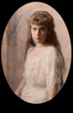 Anastasia coloured by Malenkaya-Glosoli