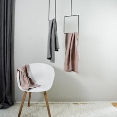 Clothes Hanger Ceiling - Simple clothes hangers our favourites. Source by cdubuis hanger Ceiling Hangers, Trendy Outfits For Teens, Summer Outfits, Plafond Design, Support Mural, Garment Racks, Elegant Homes, Bathroom Accessories, Furniture Design
