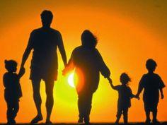 PETALI DI CILIEGIO ...per coltivare la speranza: Legami di cuore