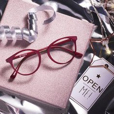 "c67df609c3 Vogue Eyewear on Instagram  ""Unwrap extra-red this season with bold   Outline frames.  vogueeyewear  ShowYourHolidays ❄ VO5167"""