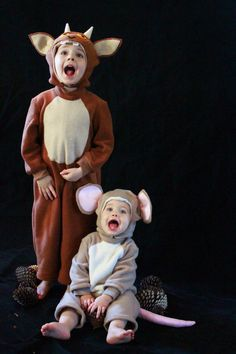 Gruffalos child and mouse costumes