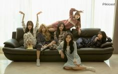 for Pikicast 'After Mom Falls Asleep' Kpop Girl Groups, Korean Girl Groups, Kpop Girls, Extended Play, G Friend, My Best Friend, Funny Poses, Gfriend Yuju, Korean Entertainment