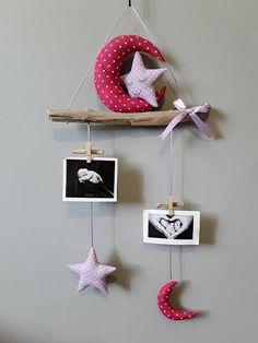 Porte photos mobile bois flotté cadeau de naissance décoration