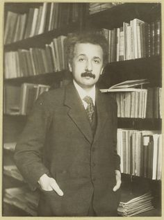 Boerhaave Albert Einstein || bij Paul Ehrenfest thuis, 1916 Special Relativity, Theory Of Relativity, Nobel Prize In Physics, Philosophy Of Science, Modern Physics, Theoretical Physics, E Mc2, Einstein Quotes, Physicist