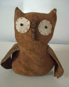 Primitive Fall Barn Owl that smells like cinnamon!