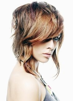 Messy Layered Hair Styles -- next potential hair cut? Long Asymmetrical Hairstyles, Hairstyles For Layered Hair, Funky Hairstyles, Wavy Hair, Straight Hairstyles, Short Hair Cuts, Short Hair Styles, Low Maintenance Hair, Stylish Haircuts