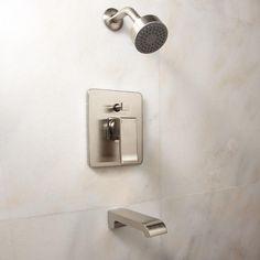 Delite Tub & Shower Set With Lever Handle