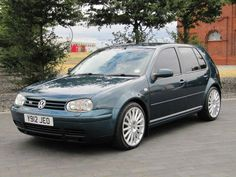 2001 VW VOLKSWAGEN GOLF 2.3 V5 170 BHP * Lots of service history  www.thecarwarehouse.co.uk £1750