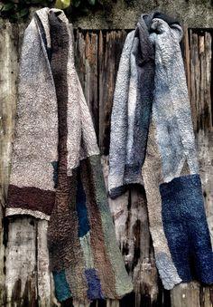 Gasa de seda y lana Merino Textiles, Cowls, Felt Crafts, Felting, Scarves, Wraps, Winter, Clothing, Beautiful
