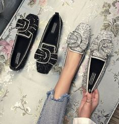 SWYIVY Woman Flats Ballet Shoes Bow Autumn 2018 Luxury Female Loafer Shoes Rhinestone Casual Flat Lady Sequins Flats for woman Loafer Shoes, Women's Shoes, Me Too Shoes, Ballet Shoes, Shoe Boots, Ballet Flat, Flat Shoes, Mocassins Luxe, Mode Shoes