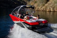 New 2012 MB Sports B52V Team Wide Body Ski and Wakeboard Boat Photos- iboats.com