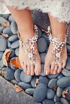 Vício em Moda: Barefoot: Sandália para casar na praia.
