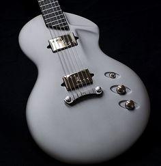 alquier luthier fabricant de guitares electriques et acoustiques | Cosmic Debries