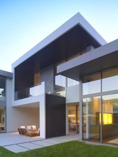 Architecture: Modern Minimalist House Design With Grass Front Yard And Outdoor Furniture Set, contemporary floor plans, contemporary home Architecture Design, Plans Architecture, Minimalist Architecture, Modern Architecture House, Modern House Design, Modern Interior Design, Japanese Architecture, Contemporary Interior, Modern Architecture