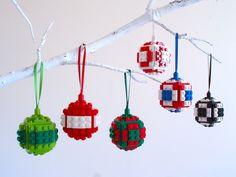 Lego Christmas Bauble - Christmas Decoration, Christmas Bauble, Christmas tree D. Lego Christmas B Lego Christmas Ornaments, Handmade Christmas Decorations, Noel Christmas, Holiday Crafts, Christmas Projects, Christmas Lights, Legos, Deco Lego, Lego Activities