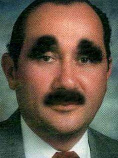 19 of the Worst Bad Eyebrows Ever! Funny Eyebrows, Crazy Eyebrows, Worst Eyebrows, Eyebrow Fails, Eyebrow Trends, Eyebrow Wax, Bad Family Photos, Bad Makeup, Mustache Men