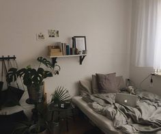 sweet and simple room Dream Rooms, Dream Bedroom, Home Bedroom, Bedroom Decor, Bedrooms, My New Room, My Room, Dorm Room, Aesthetic Bedroom