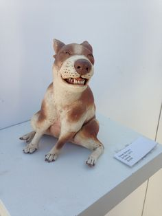 Awesome ceramic sculpture by Esther Shimazu, one of the only dog sculptures I actually love!