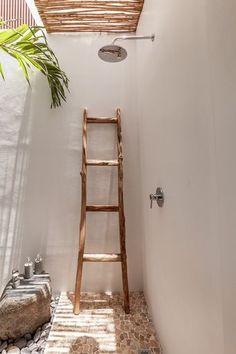 Balinese Villa, Ideas Hogar, My Pool, Tropical Houses, Tropical Garden, Home Interior, Bohemian Decor, Cozy House, Interiores Design