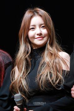 Brave Girls Yujeong @ Rollin' Showcase