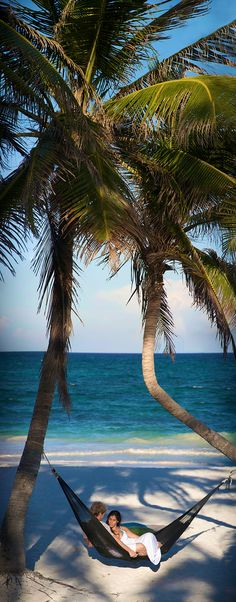 Dating Miss Millionairess: wine me and dine me....Hammock on the beach in Riviera Maya.