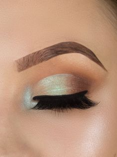 colorful half cut crease makeup look, tutorial, step by step,beginners makeup , cut crease , how to #makeuplooksstepbystep #cutcreasestepbystep #colorfulcutcrease
