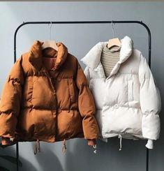 Winter Coats Women, Coats For Women, Jackets For Women, Clothes For Women, Moda Outfits, Trendy Outfits, Winter Fashion Outfits, Look Fashion, Sporty Fashion