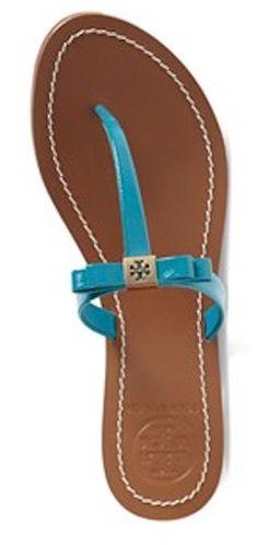 5047aea4da5355 29 Best Comfortable Heels    Low Pumps images