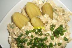 Sałatka z tuńczyka i serka wiejskiego Tuńczyk w wodzi… na Stylowi.pl Potato Salad, Potatoes, Meals, Ethnic Recipes, Food, Meal, Potato, Essen, Yemek