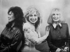 Loretta Lynn, Dolly Parton & Tammy Wynette - THE HONKY TONK ANGELS!