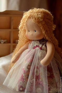 Купить Полинка, 30см - золотой, вальдорфская кукла, вальдорфская игрушка, кукла для девочки, кукла для ребёнка