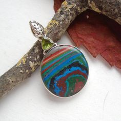 Peridot-amp-Regenbogen-Calsilica-Anhaenger-925-Sterling-Silber