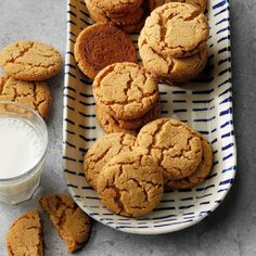 60 Easy Fall Baking Recipes for When You Can't Wait for Cooler Days Crinkle Cookies, Spice Cookies, Candy Cookies, Easy Baking Recipes, Cookie Recipes, Dessert Recipes, Dessert Ideas, Tea Cakes, Shortbread