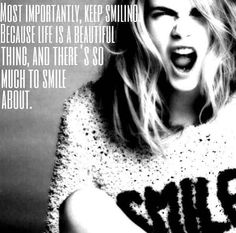 Cara Delevinge keep smiling