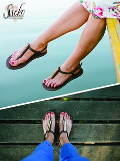 The perfect summer sandal for days on the beach or exploring the city. Sseko Designs sandals have interchangeable accents so you can customize for any outfit!