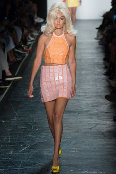 Catwalk photos and all the looks from Jeremy Scott Spring/Summer 2016 Ready-To-Wear New York Fashion Week Jeremy Scott, Scott Kelly, Fashion Week, Runway Fashion, High Fashion, Fashion Show, Outfit Essentials, Carolina Herrera, Spring Summer 2016