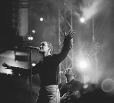 Taya Smith, Hillsong UNITED Live in Dubai