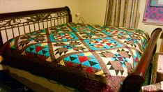 """Southwest Quilt Pattern -  Bear Paw / Indian / Native American quilt - King Size: 105"""" x 105"""""""