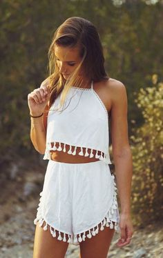 ╰☆╮Boho chic bohemian boho style hippy hippie chic bohème vibe gypsy fashion indie folk the . Mode Hippie, Hippie Style, Fashion Moda, Boho Fashion, Womens Fashion, Girl Fashion, Daily Fashion, Summer Outfits, Casual Outfits