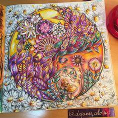 """213 Likes, 11 Comments - Eliane Federzoni (@dreams.colors) on Instagram: """"Amarelo, roxo, verde e mais Rosa ficaram lindos juntos na minha #florestaencantada…"""""""