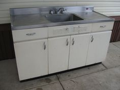 Retro Kitchen Cabinet Sink Stainless Steel Top Don T Want Retro