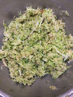 Sugar Avenue: Hamburguesas de calabacín Lettuce, Salmon, Detox, Cabbage, Food Porn, Food And Drink, Low Carb, Healthy Recipes, Vegetables