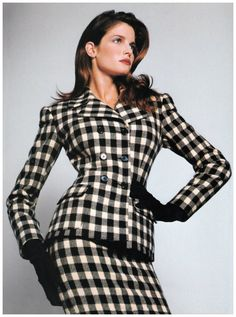 Stephanie Seymour in Ralph Lauren Ensemble, 1995 Stephanie Seymour, 90s Fashion, Fashion Models, Fashion Beauty, Richard Avedon Photos, Carla Bruni, 90s Models, Model Look, Classy And Fabulous
