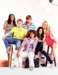 Our Disney Channel memories High School Musical Quotes, High School Musical Cast, Troy Bolton, Disney Channel Movies, Disney Channel Shows, Ashley Tisdale, Hig School, Zac Efron And Vanessa, Disney Cast