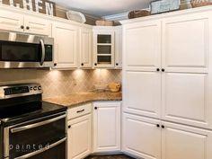 The Best Cabinet Paint Colors - Painted By Kayla Payne Honey Oak Cabinets, Oak Kitchen Cabinets, Diy Cabinets, Kitchen Paint, Kitchen Decor, Huge Kitchen, Kitchen Ideas, Kitchen Styling, Diy Kitchen